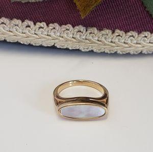 Avon MOP Ring